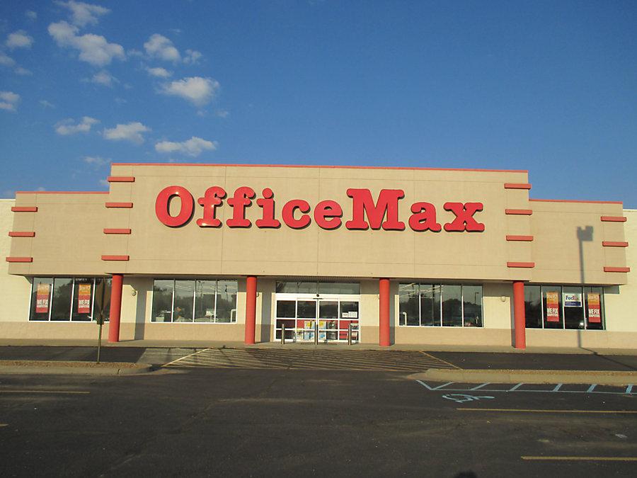 Office Max In Salinaks 2620 Planet Avenue