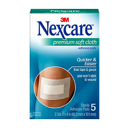 "3M™ Nexcare™ Premium Adhesive Pads, 2 3/8"" x 4"", Pack Of 3"