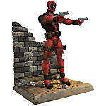 "Diamond Select Toys Action Figure, MARVEL Deadpool, 13""H x 9 13/16""W x 4 5/16""D, Multicolor"