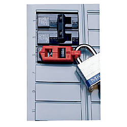 SINGLE POLE CIRCUIT BREAKER LOCKOUT