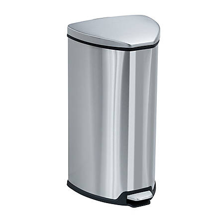 Safco® Hands-Free Step-On Receptacle, 7-Gallon, Silver