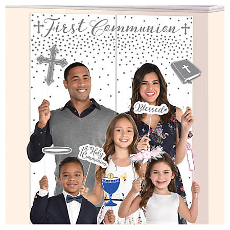 """Amscan Religious Communion Scene Setters With Props, 65"""" x 32-1/2"""", Multicolor, 16 Setters Per Pack, Set Of 2 Packs"""